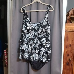 NWOT Womens swimsuit Unbranded size 5X